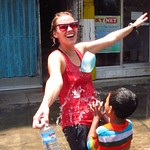 "Thingyan Water Fight <a style=""margin-left:10px; font-size:0.8em;"" href=""http://www.flickr.com/photos/14315427@N00/7076327761/"" target=""_blank"">@flickr</a>"
