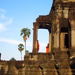 "Monks at Angkor Wat <a style=""margin-left:10px; font-size:0.8em;"" href=""http://www.flickr.com/photos/14315427@N00/7114943827/"" target=""_blank"">@flickr</a>"