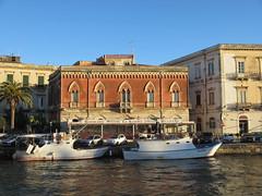 Venetian style house at Darsena channel, Siracusa, Italy (Paul McClure DC) Tags: sea italy architecture scenery mediterranean italia historic syracuse sicily sicilia siracusa ortigia ortygia feb2013
