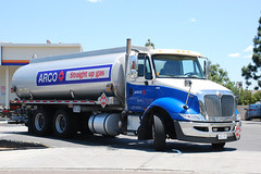 Arco (So Cal Metro) Tags: truck elcajon semi gas gasstation international gasoline bp arco tanker fuel servicestation tractortrailer navistar fuelstation tanktruck