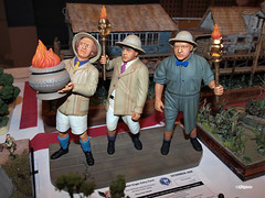 120810_217_IPMSusa3stooges (AgentADQ) Tags: usa scale lights three model hobby plastic international curly national larry convention moe polar society stooges 2012 the modelers ipms modellers