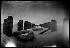 Pinoholove (Maciek Lesniak) Tags: sea film landscape blackwhite pinhole xray rodinal largeformat