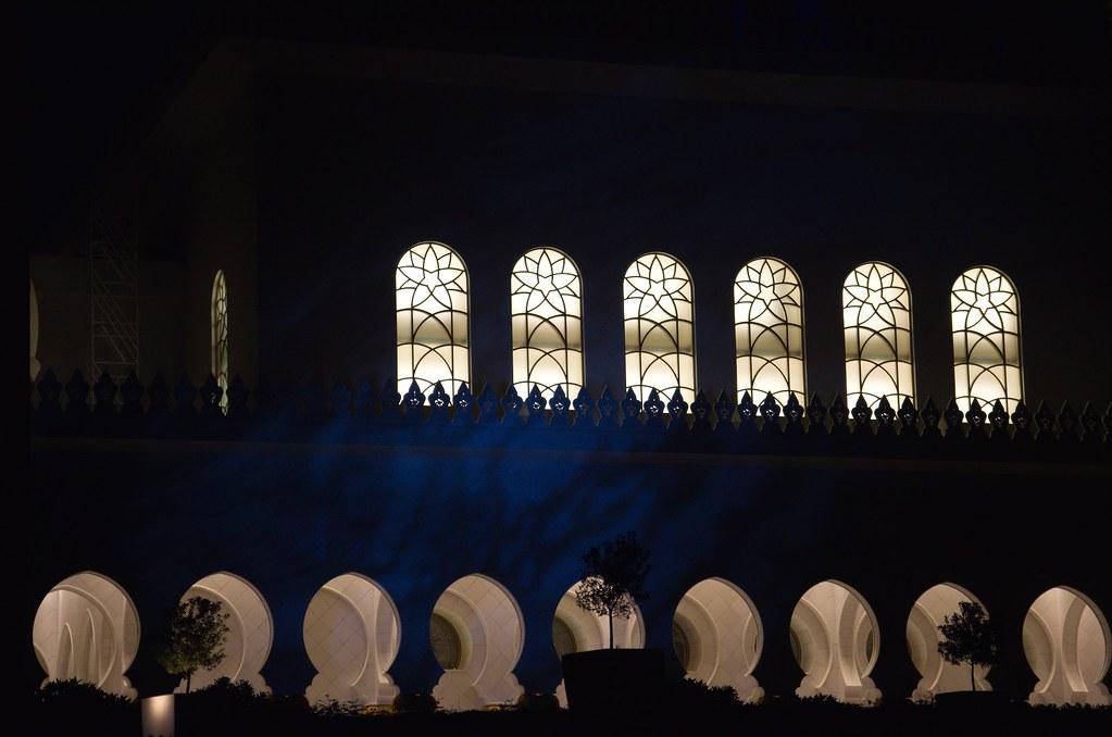 фото: Sheikh Zayed Grand Mosque