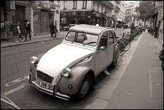 Paris, rue Bréa (Réal Filion) Tags: auto street city paris france car transport citroen sidewalk rue montparnasse ville trottoir
