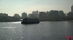 Foto 178 (Guilherme de J. O. Campos) Tags: city sea cidade building riodejaneiro bay boat mar barco crossing rj litoral prédios niterói baía travessia baíadaguanabara gjocampos
