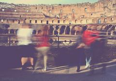 los fantasmas del Coliseo (RalRuiz) Tags: longexposure italy rome roma vintage italia romano coliseo lazio colosseo piedra campomarzio largaexposicin gladiador procesado
