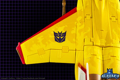 MP-5 Sunstorm (Alreaph's Gallery) Tags: sun storm yellow jaune plane transformer flames transformers seeker takara sunstorm tomy seekers mp5 avion masterpiece hasbro decepticon starscream f15 flammes cybertron mp6 mp11 skywarp thundercracker mp05 nullray arkeville mp11sw alreaph