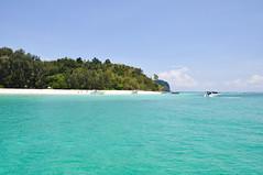intro to Bamboo Island (marin.tomic) Tags: travel blue sea green beach asian thailand island coast nikon asia southeastasia turquoise thai tropical tropic kohphiphi krabi andaman bambooisland d90