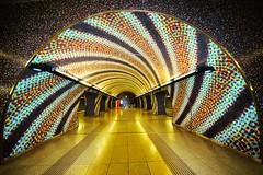 Szent Gellrt tr Metro Station - BUDAPEST (Hewraman (Catching up ) :-)) Tags: metro ubahn subway budapest hungary szentgellert golden