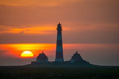 lighthouse (w-venne) Tags: leuchtturm ort sonne sonnenuntergang stpeterording westerhever lighthouse sunset nordsee wolken clouds