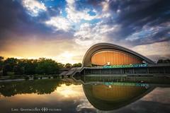 =] WASSER WOLKEN FEUER [= (oolcgoo) Tags: sony slt alpha amount apsc adobe a77mii tokina dx2 pro berlin haupstadt haus der kulturen sundown sunset sonnenuntergang sun sonne wolken clouds architecture architektur germany deutschland europe europa