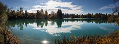 Autumn Lake (++sepp++) Tags: auensee bayern deutschland herbst landscape landschaft landschaftsfotografie lechfeld schmiechen de bavaria germany see lake gegenlicht backlight backlit wasser water sonnig sunny autumn fall