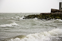 Storm Arriving at Garry Point 6 (LongInt57) Tags: water ocean pacific salishsea georgiastrait garrypoint shore beach rocks waves storm windy horizon pilings steveston richmond bc canada vancouver white green grey gray brown nature landscape log tree driftwood