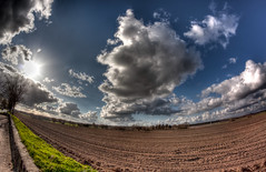 Depth Of Field? ;) (baumbaTz) Tags: blue cloud field clouds canon rebel spring kiss feld wolke wolken fisheye april handheld 8mm manualfocus walimex blauerhimmel hdr 2012 frühling x3 500d samyang 3exp t1i skyhimmelsky 20120416