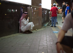 untitled-1-22 (King Serrano) Tags: street people canon faces muslim ef50mmf14 saudi saudiarabia khobar canon6d ramaniyah alramaniyah