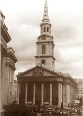 St Martin-in-the-Fields (sftrajan) Tags: england london sepia architecture arquitectura columns trafalgarsquare iglesia kirche steeple spire chiesa igreja londres architektur glise  architettura pediment portico stmartininthefields architektura  jamesgibbs stmartininthefieldschurch