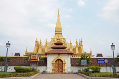 Pha That Luang (ollygringo) Tags: city travel tourism architecture temple asia southeastasia stupa buddhist capital buddhism laos vientiane phathatluang