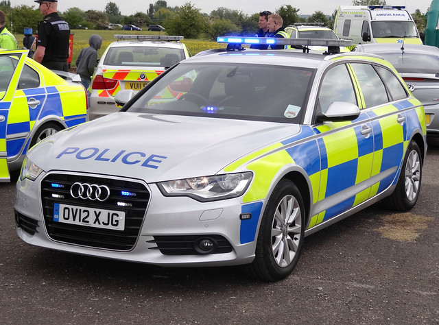 car demo estate traffic blues airshow vehicle leds roads audi a6 grilles battenburg unit bluelights demonstrator rpu throckmorton lightbar policing 2013 dashlight audiuk ov12xjg