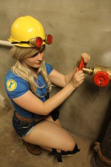 A-Kon 24 (xoMiaMoore) Tags: convention engineer animeconvention teamfortress2 ramonaflowers akon24