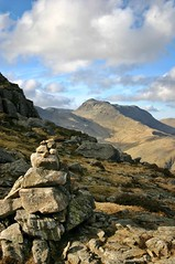 Autumn Bowfell (iainw10) Tags: autumn mountains clouds canon landscape nationalpark south lakes lakedistrict ridge cumbria langdales southernlakes