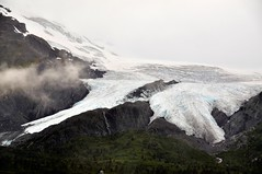 On Road, AK ( Worthington Glacier near Valdez) (faungg's photos) Tags: trip travel vacation usa weather fog alaska clouds landscape us scenery cloudy foggy ak    worthingtonglacier    snowmountains  scebic 0nroad