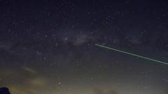Milky Way Lser (Isaac Navarrete) Tags: chile santiago laser milkyway cajondelmaipo astronomico vialactea