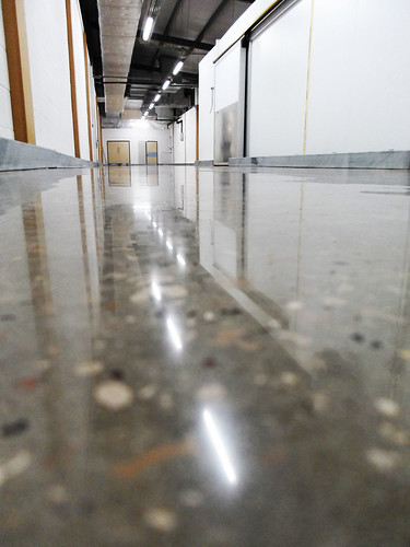 DiamondFlor™ Aldi polished concrete 2