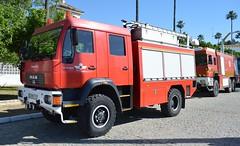 MAN_LE14.220 (S.D.Q. y C.I.) E.A./SPANISH AIR FORCE (DAGM4) Tags: bomberos acuertelamientodetablada sevilla españa spain spanishairforce ejércitodelaire man camiónman openday ea