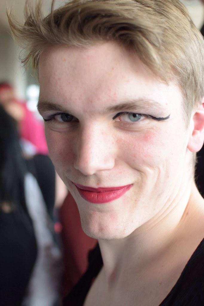 Homosexuell Kik London