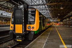 CreweRailStation2016.10.22-43 (Robert Mann MA Photography) Tags: crewerailstation crewestation crewe cheshire station trainstation trainstations train trains railway railways railwaystation railwaystations railstations railstation virgintrains virgintrainspendolino class390 class390pendolino pendolino northern northernrail class323 eastmidlandstrains class153 class350 desiro class350desiro arrivatrainswales class158 towns town towncentre crewetowncentre architecture nightscapes nightscape 2016 autumn saturday 22ndoctober2016 londonmidland