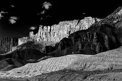 The stark beauty of Capitol Reef National Park Utah (klauslang99) Tags: nature naturalworld northamerica klauslang capitol reef national park usa utah rocks mountains