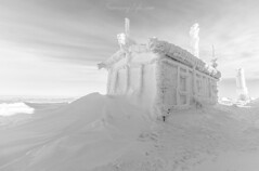 White magic (Sunrising Life) Tags: winter mountain view cold wind house peak top high snow temperature