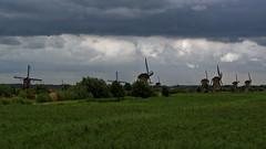Moulins de Kinderdijk - Pays Bas (Vaxjo) Tags: paysbas netherland nederland kinderdijk moulin windmill