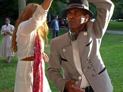 Dance me to the End of Love (Eddy Allart) Tags: rotterdam dagvanderomantischemuziek holland dans baile bailar gente bailando hombre mujer elegant man festival