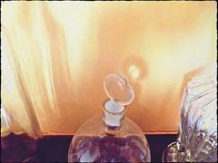 DSCN6042bottiglie (dina.elle) Tags: bottiglie modigliani vetro riflessi casa tappo vetrosoffiato particolari macro fotografia primopiano soprammobili