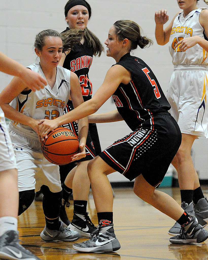 somonauk girls The somonauk girls basketball squad, one that will rely heavily on its team speed both offensively and defensively, began friday night's contest with sandwich by racing out to advantages of 11-5 and 16-7.