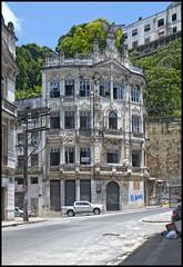 A louer dans immeuble de caractre... (wilphid) Tags: salvador bahia brasil brsil commercio cidadebaixa btiments architecture rue