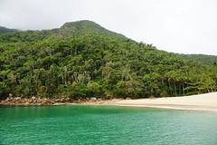 Praia dos Meros, Ilha Grande (Rod.T28) Tags: angradosreis angra brazil tropicalsights nature ocean beach green ilhagrande minolta minolta2870mm28af minoltacolors sonya850
