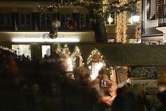 Christmas market at Huttwil, Switzerland (JohannesMayr) Tags: huttwil bern weihnachtsmarkt langzeitbelichtung longexpurse christmas market night light oberaargau emmental