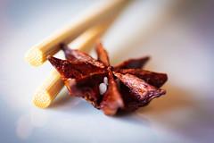 Star Anise (susivinh) Tags: macro canon star chopsticks usm anís anise palillos