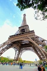 The Eiffel Tower - Travelling Through Europe (Paul D'Ambra - Australia) Tags: travel paris france europe louvre eiffeltower eiffel montemarte dambra pauldambra