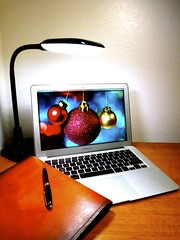 Macbook Air 2013 News May Lumiy LEDs LED Lamp1060884 (stanfordgreentrees) Tags: pro macbook macbookpro macbookair macbookproretina 15inchmacbookproretina