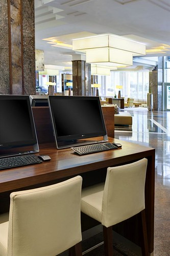 The Westin Grand Frankfurt—Workstations