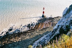 (Ginothy) Tags: sea eastbourne lowtide beachyheadlighthouse cliffedge