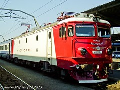 40-0732-4 (Cosmin.Stefan) Tags: old trains nord timisoara cfr electrica 732 romane calatori caile ferate