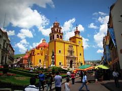 Baslica Colegiata de Nuestra Seora de Guanajuato (LEGTello) Tags: church architecture canon mexico arquitectura basilica catedral ciudad guanajuato naranja antiguo templo misa sx20 canonsx20