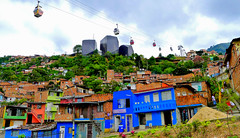 La Bibliothèque d'Espagne (Montre ce qu'il voit!) Tags: julien streetphotography medellin vidal colombie photoderue pentaxk5 ilobsterit