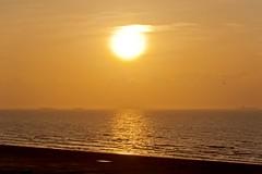 Sunrise (Ray Horwath) Tags: gulfofmexico sunrise nikon texas gulf porta tamron portaransas gulfcoast texasgulfcoast mustangisland horwath tamronlens coastalbend texassunrise d700 texascoastalbend rayhorwath tamron28mm300mmlens