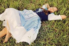 (Natalia Colombo) Tags: old sleeping portrait woman nature girl beautiful beauty face forest vintage retrato alice mulher bosque thinking wonderland menina floresta pensativa pesando