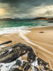 _58R3365 (briandoyle1) Tags: seaweed scotland unitedkingdom gb westernisles outerhebrides isleofharris taransay traighmhor baghsteinigidth